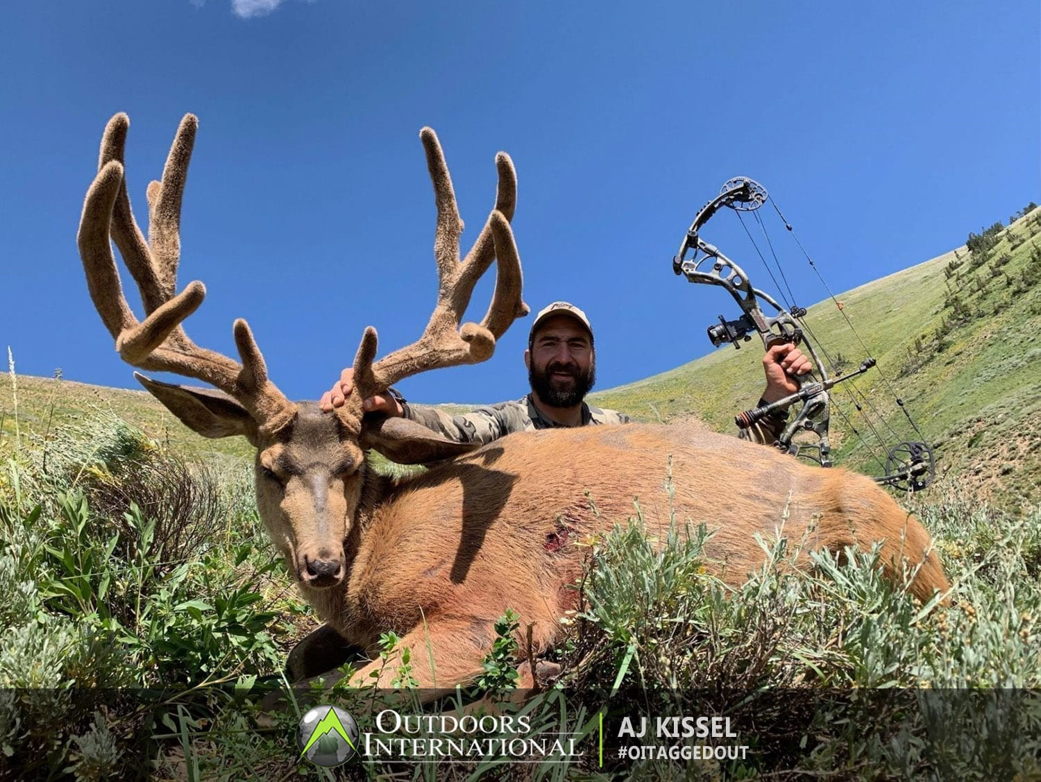 AJ Kissel with 200 Inch Utah Archery Mule Deer